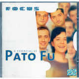 Cd Pato Fu   Focus O Essencial   Novo