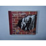 Cd The Clash   Edição Light Price Com Circuito Eletrônico